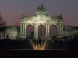 violet skies at Parc Cinquantenaire