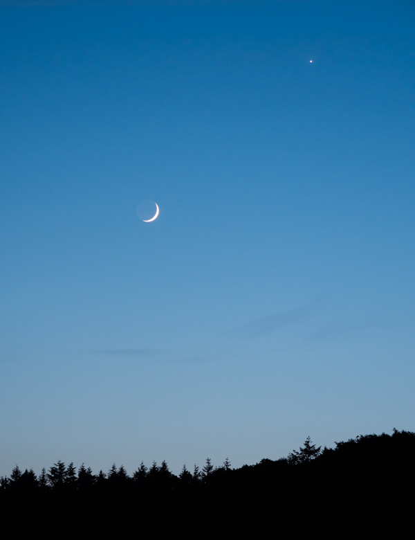 venus and the new moon