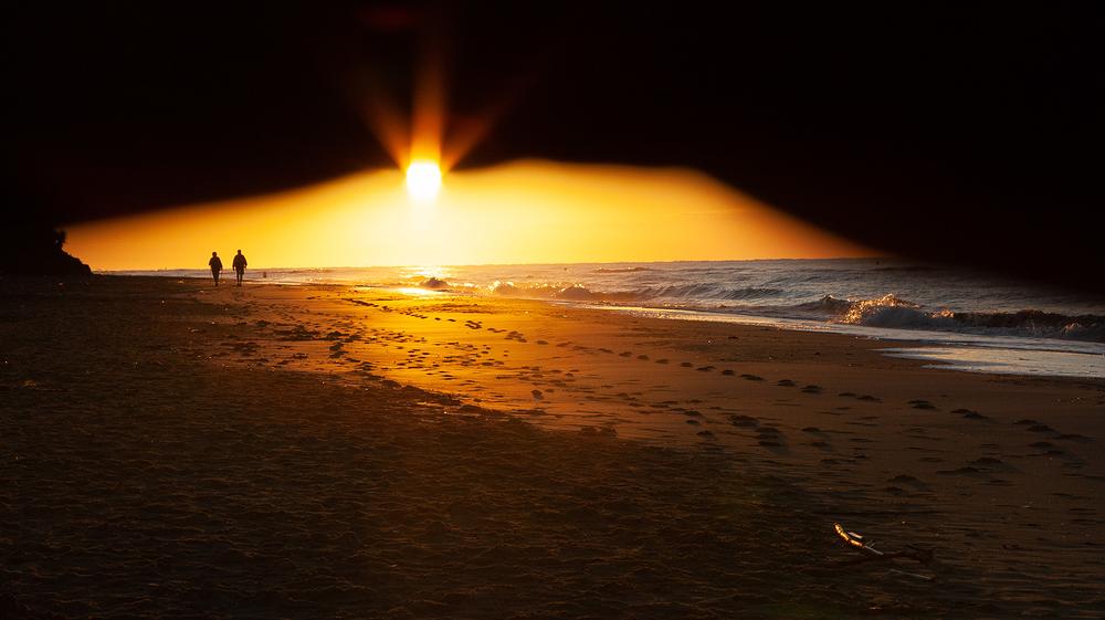 spain sunset rays