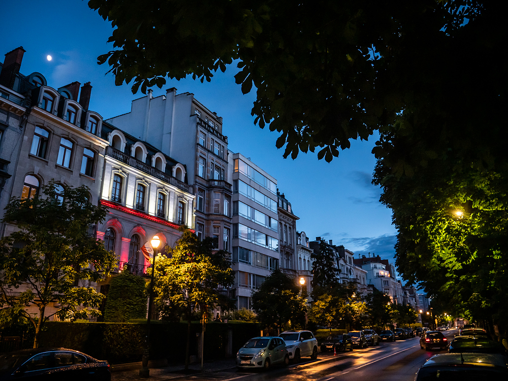 blue hour brussels