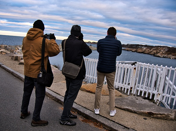 photographers by the sea paparazzi