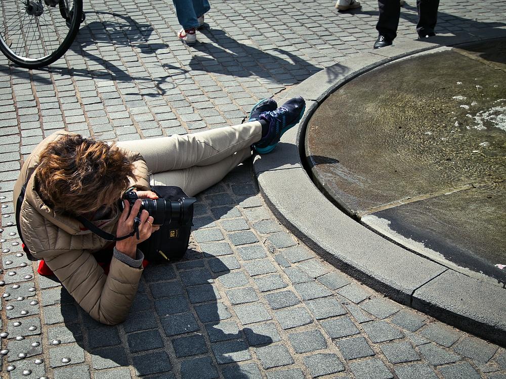 photographer, fountain