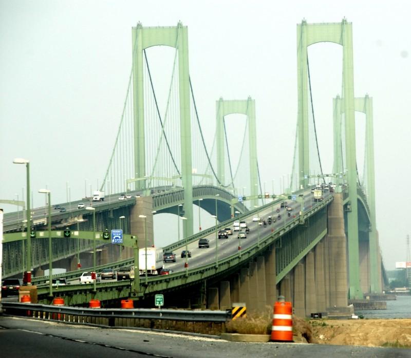 deleware memorial twin bridges