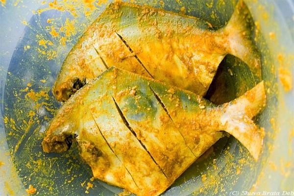 Pomfrets marinated