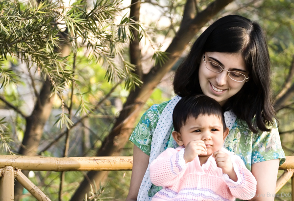 Tisha and Mummy at Lotus Pond