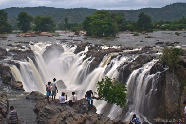 The waterfall of Hogenakkal