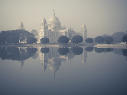 Victoria Memorial in the fog