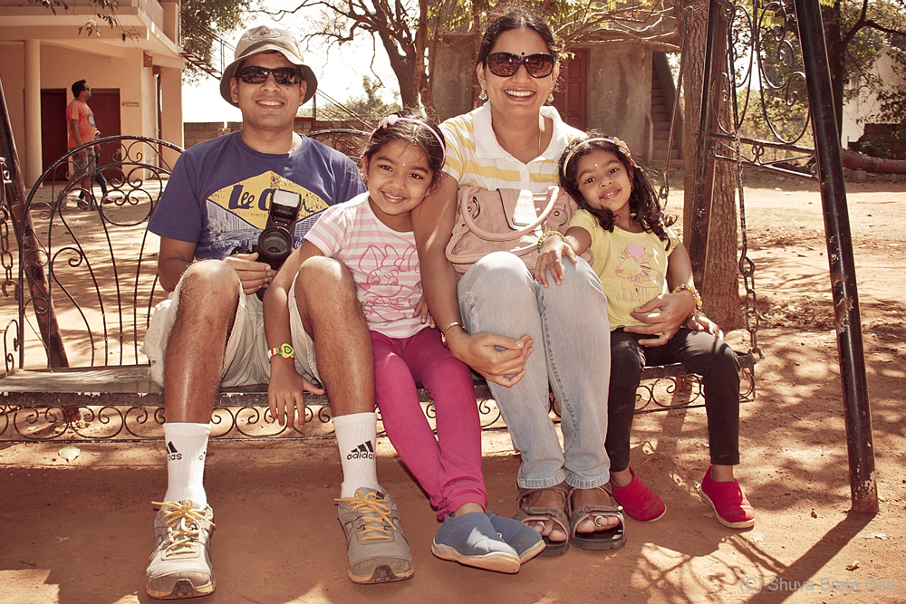 Meet the happy family of Rajesh and Vidhya.