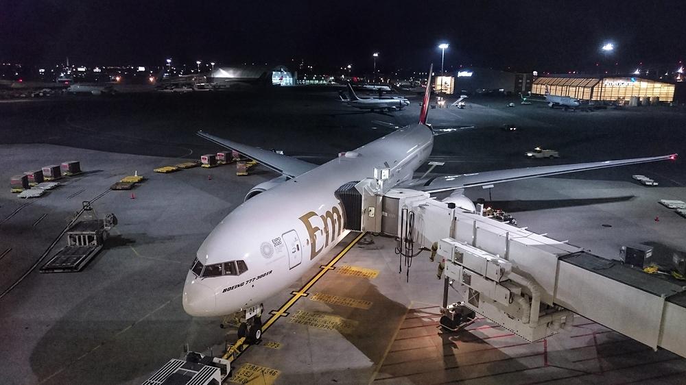 Boeing 777 300 ER @ Dubai Airport