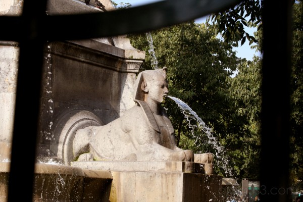 fountain Paris sphinx