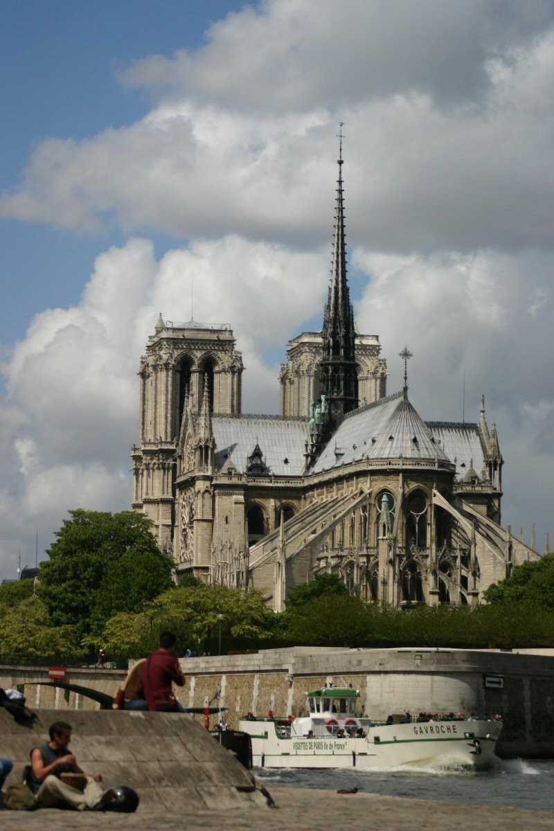 Notre Dame with a Flyboat