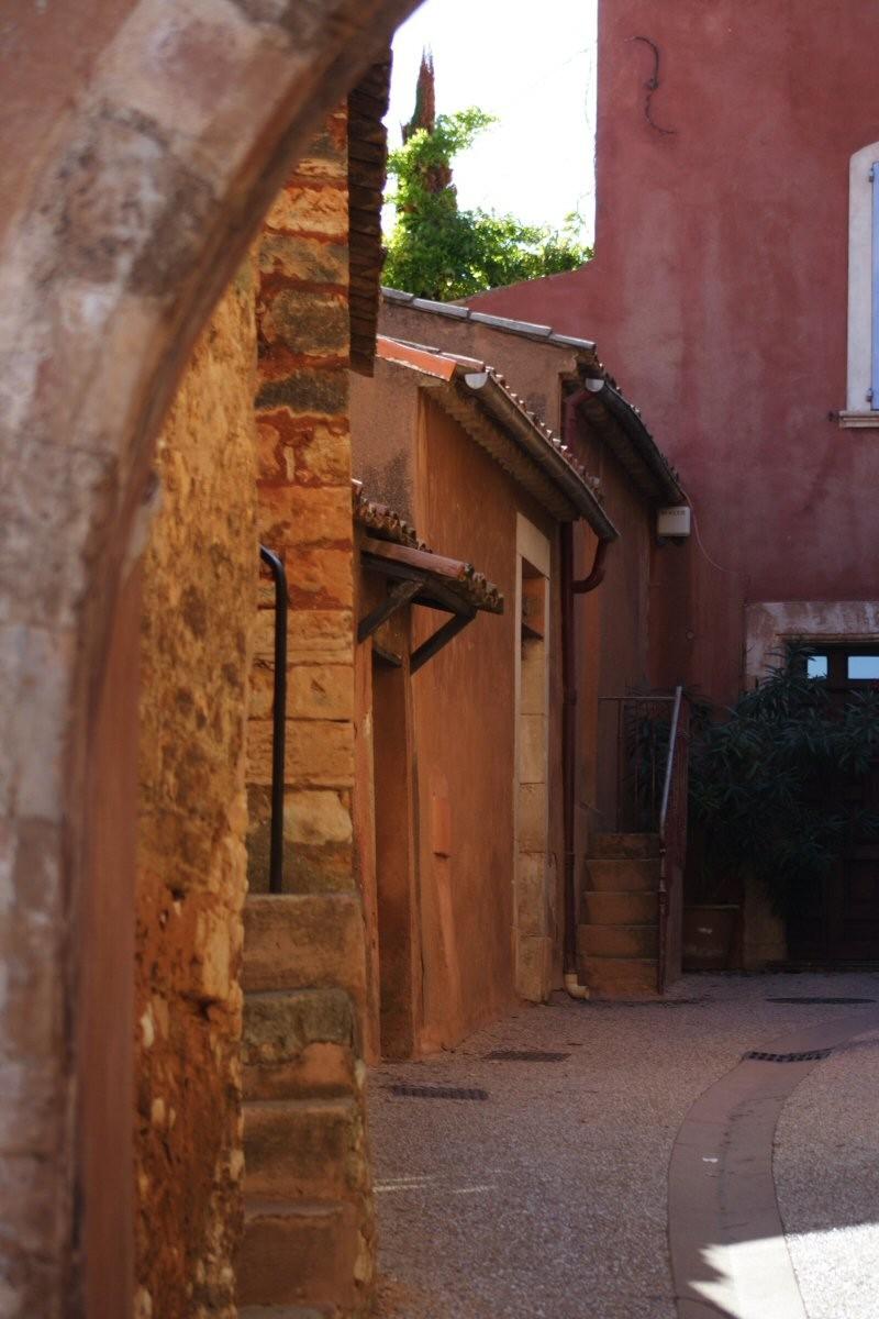 Roussillon, city of ochre.