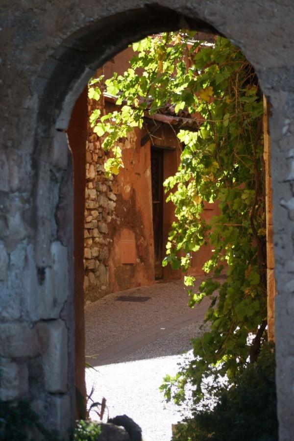Door on wine.