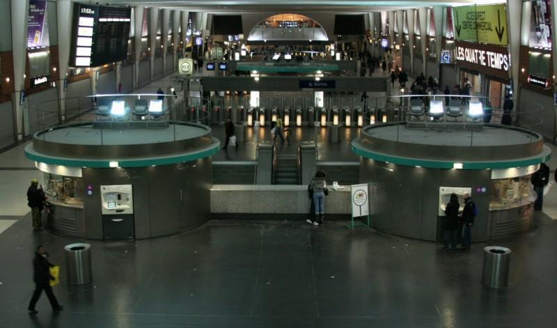 La Défense RER Métro