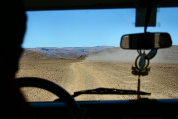 Rallye in the rocky landscape.