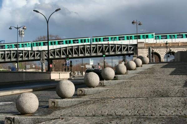 Metro line 6.