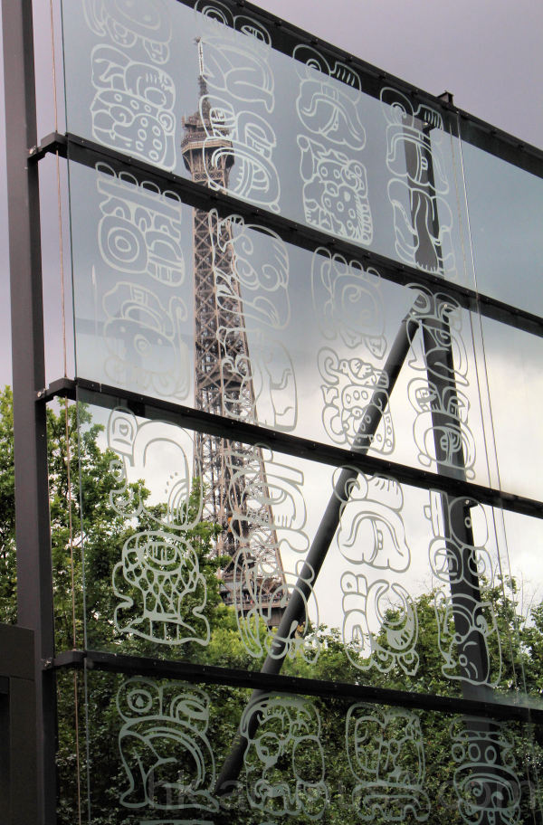 The Eiffel Tower seen from the Quai Branly Museum