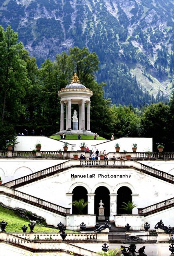 gardens palace king statues bavaria linderhof ludw