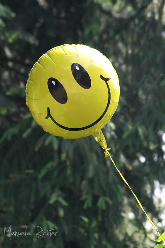 smile balloon yellow happy smiley