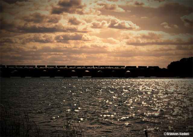 Train on Susquehanna river bridge