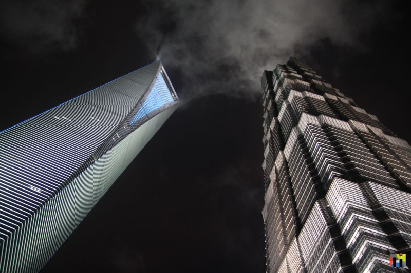 Skyscraper Night