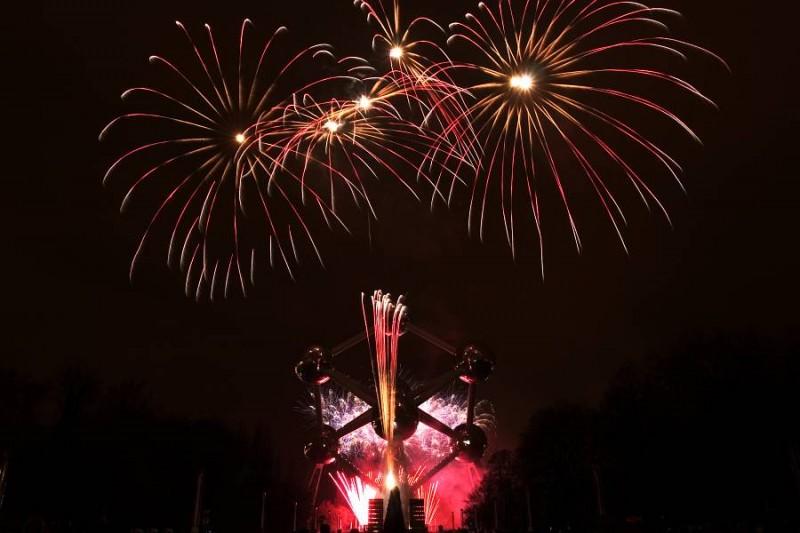 fireworks atomium