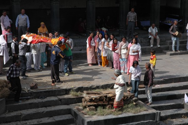 Mourning in Pashupatinah