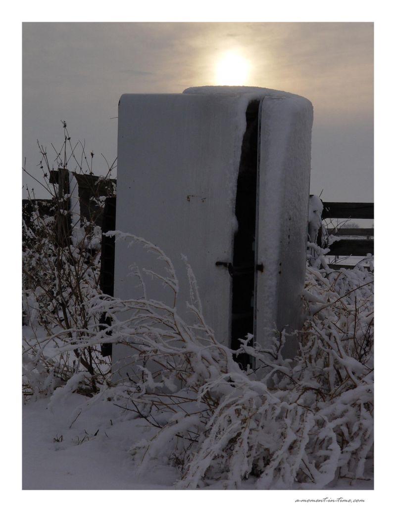 Snow Machine - Keep the Door Closed!