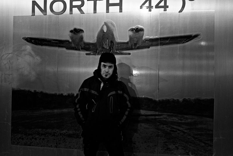 North by North 44°