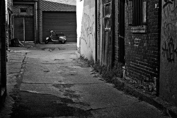 Alley Vespa
