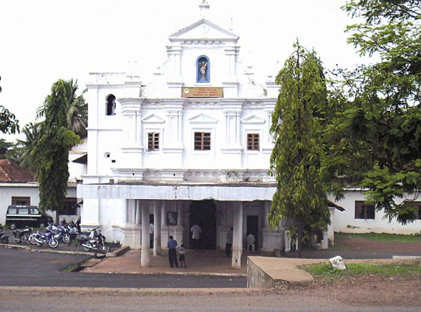 Mae dos Pobres Church, Nuvem, Goa, India