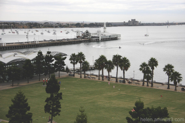 geelong pier park waterfront