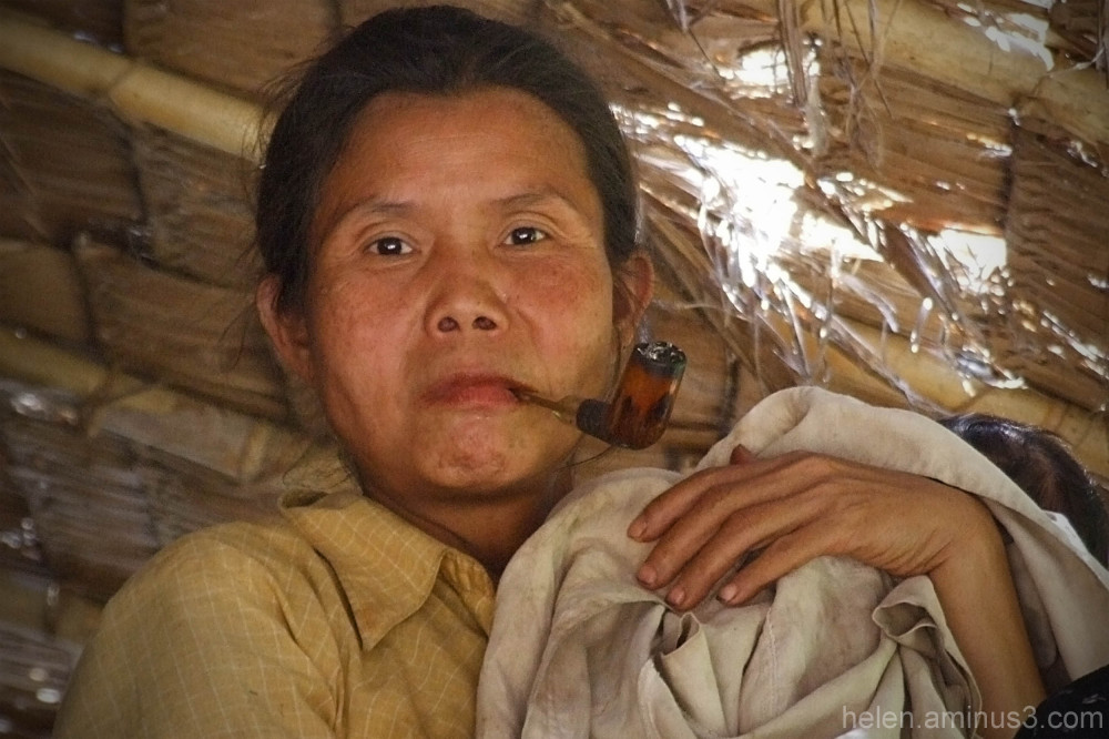 Mother with pipe