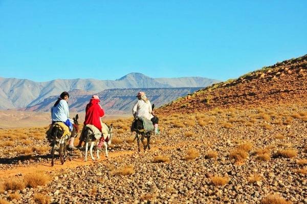 Berbers crossing the Atlas