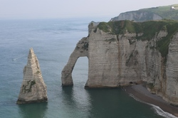 Etretat   Rock formations 3