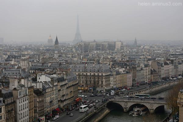Foggy day in Paris