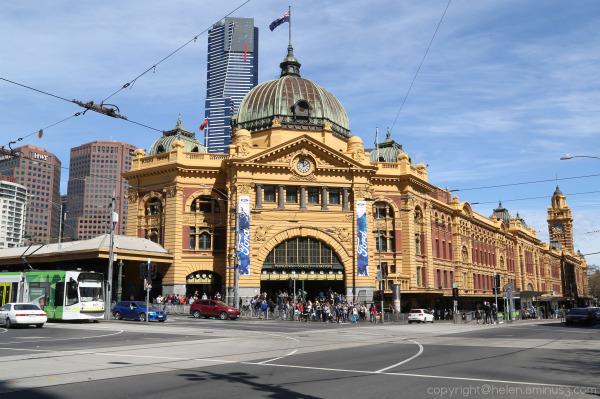 Melbourne : 1