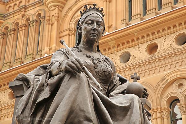 Queen Victoria statue, central Sydney