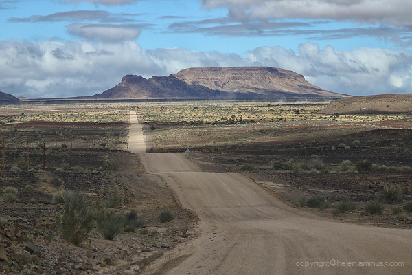 Namibia: The road to Fish River Canyon 2