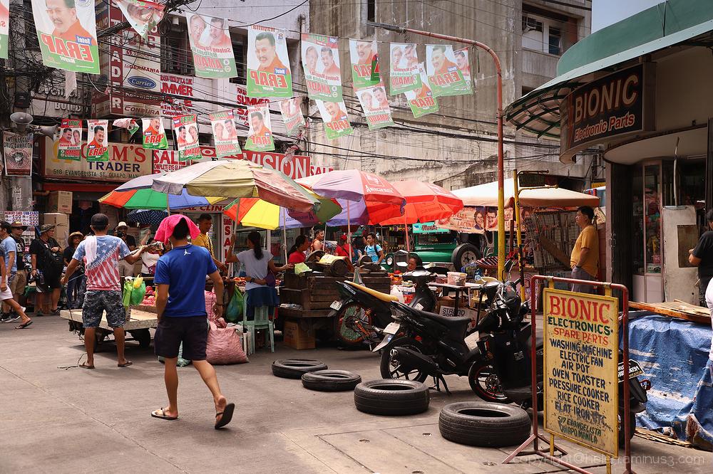 Quiapo street corner 2