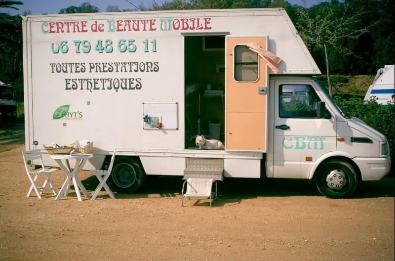 Centre de Beauté Mobile, Côte d