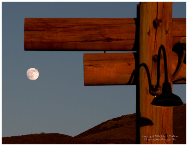 Moonrise over the Gabilan mountain, Salinas Valley