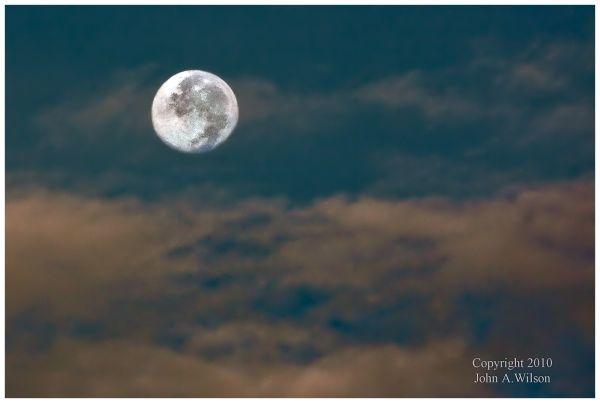 Connecticut Moonset