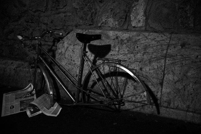 MnX Photo B&W bicycle