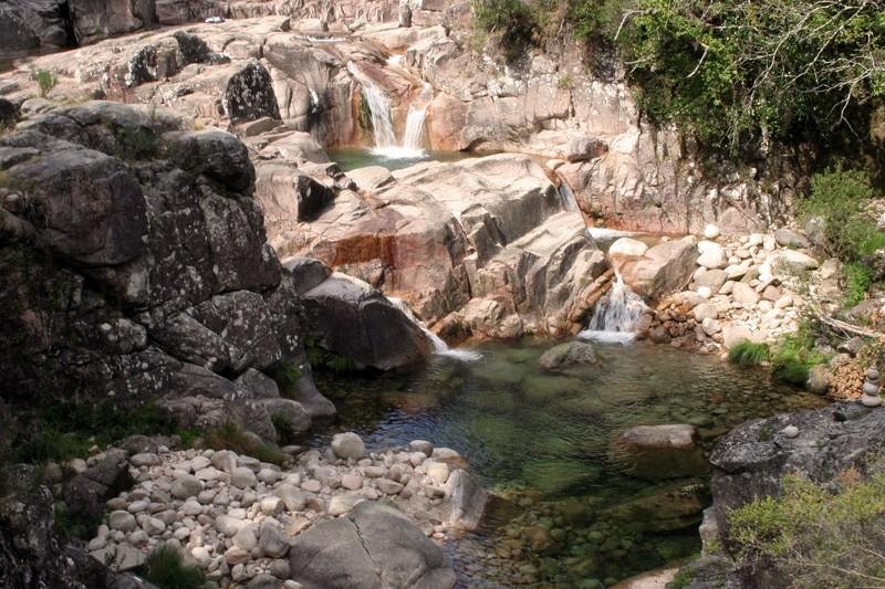 rio peneda-gerês rio-homem cascata
