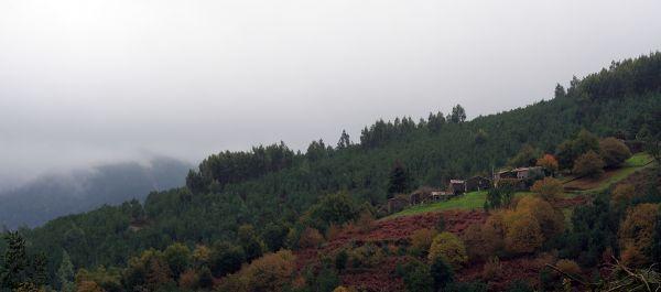 outono lousã aldeia nevoeiro xisto