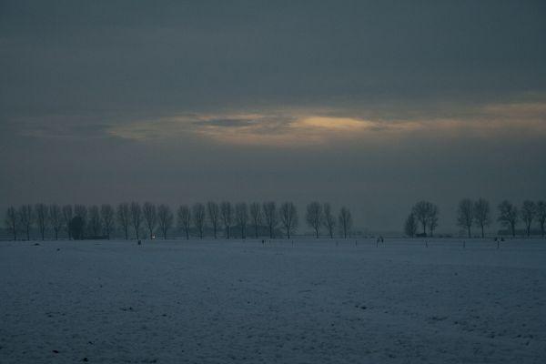 Ameide Holanda neve inverno sunset