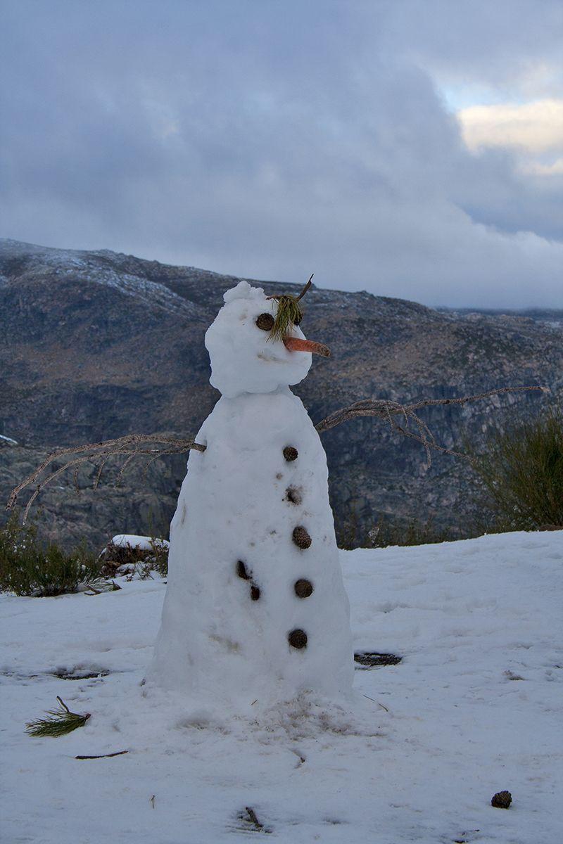 serraestrela inverno neve snowman