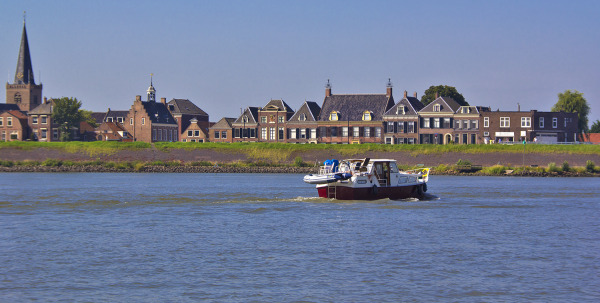 holanda ameide rio lek barcos