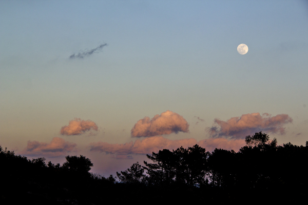 lua sunset